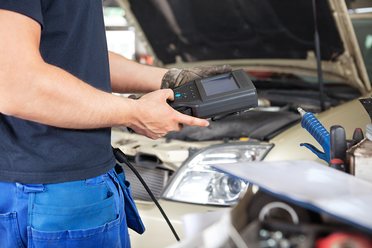 Corporate Services, Inc. is hiring Automotive Technicians — up to $11.00/hour — apply today!