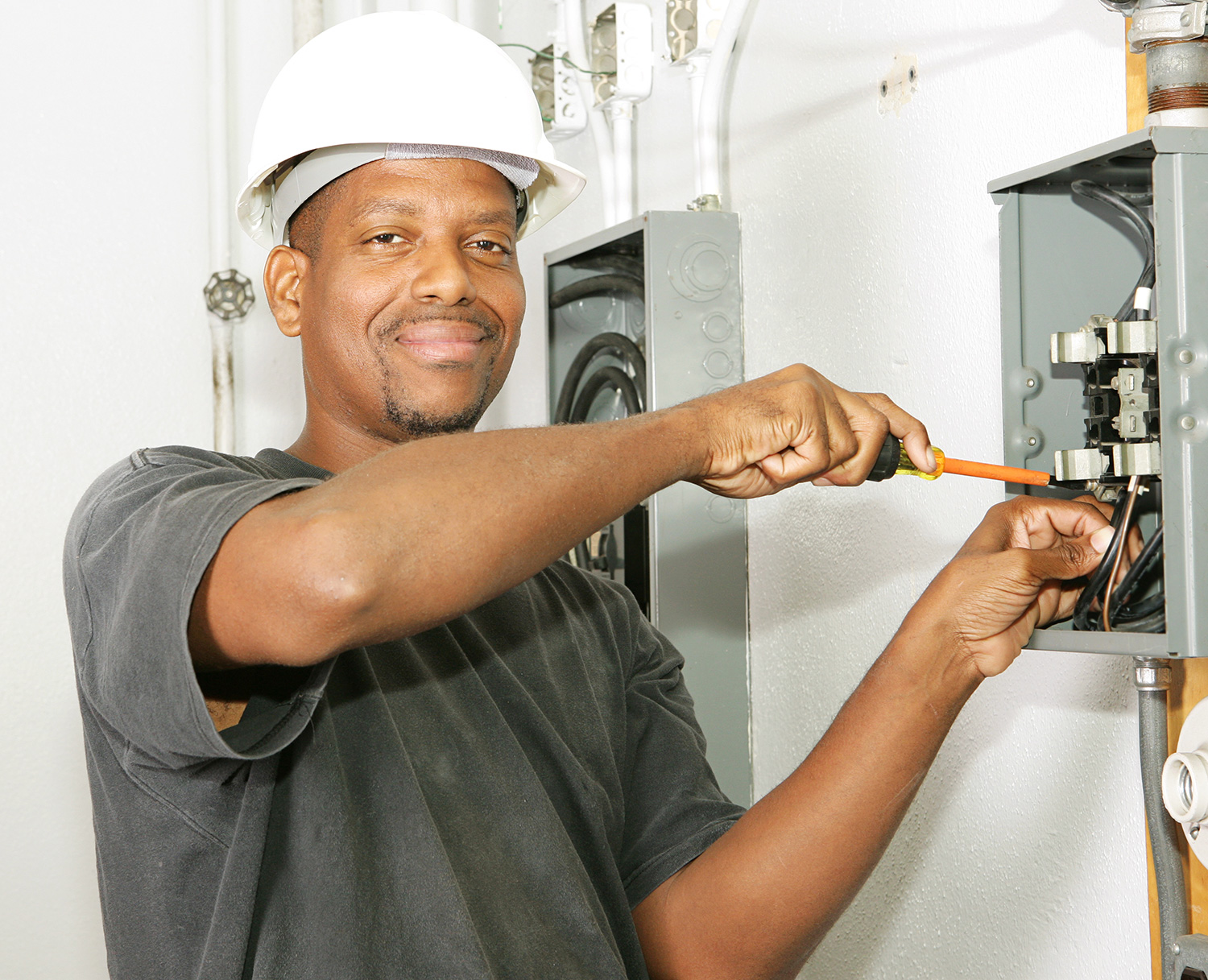 Corporate Services, Inc. is hiring Maintenance Technicians — up to $27.25/hour — apply today!