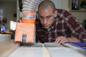 Corporate Services, Inc. is hiring Woodworkers — up to $15.00/hour  — apply today!
